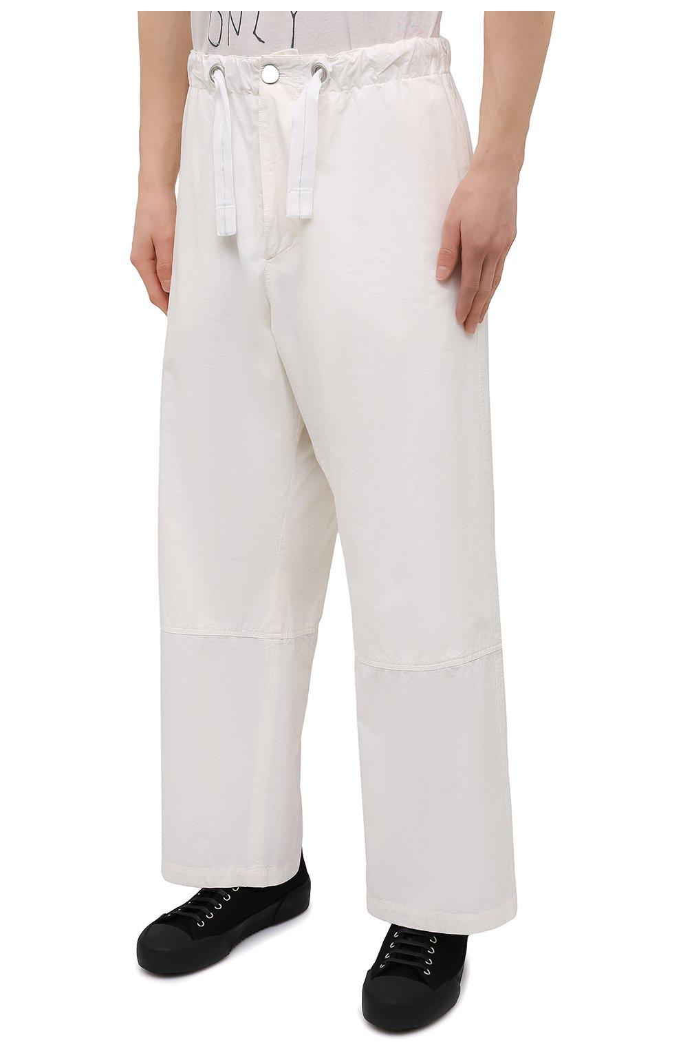 Мужские хлопковые брюки OAMC белого цвета, арт. 0AMS310833 0S240700   Фото 3 (Длина (брюки, джинсы): Стандартные; Случай: Повседневный; Материал внешний: Хлопок; Стили: Минимализм; Материал подклада: Хлопок)