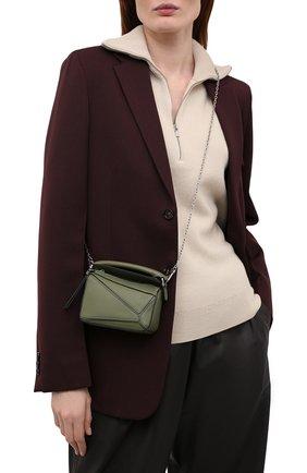 Женская сумка puzzle nano LOEWE зеленого цвета, арт. A510U98X01   Фото 2 (Ремень/цепочка: С цепочкой, На ремешке; Сумки-технические: Сумки через плечо, Сумки top-handle; Материал: Натуральная кожа; Размер: mini)