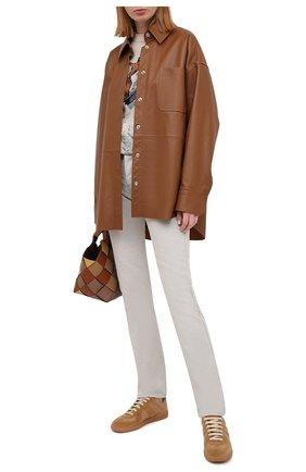 Женские джинсы MAISON MARGIELA светло-серого цвета, арт. S29LA0085/S30753 | Фото 2