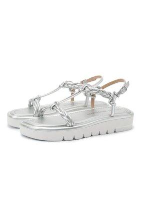 Женские кожаные сандалии STUART WEITZMAN серебряного цвета, арт. S4563 | Фото 1