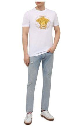 Мужские джинсы RALPH LAUREN голубого цвета, арт. 790825009 | Фото 2 (Материал внешний: Хлопок; Кросс-КТ: Деним; Стили: Кэжуэл; Силуэт М (брюки): Прямые; Детали: Потертости; Длина (брюки, джинсы): Стандартные)