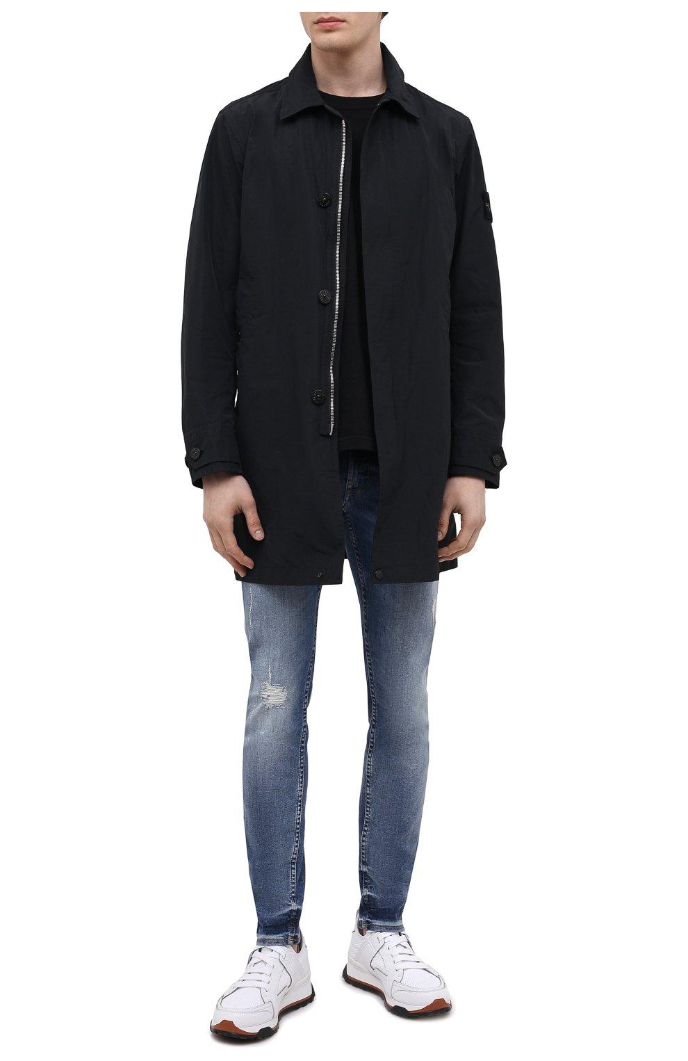 Мужские джинсы 7 FOR ALL MANKIND синего цвета, арт. JSMVB500PH   Фото 2 (Силуэт М (брюки): Узкие; Кросс-КТ: Деним; Длина (брюки, джинсы): Стандартные; Стили: Гранж; Материал внешний: Хлопок; Детали: Потертости)
