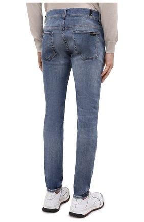 Мужские джинсы 7 FOR ALL MANKIND синего цвета, арт. JSMVB500PH   Фото 4 (Силуэт М (брюки): Узкие; Кросс-КТ: Деним; Длина (брюки, джинсы): Стандартные; Стили: Гранж; Материал внешний: Хлопок; Детали: Потертости)