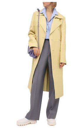 Женский кожаный плащ JIL SANDER желтого цвета, арт. JSWS651076-WSL01010 | Фото 2