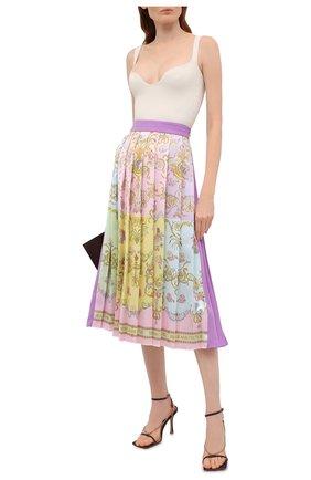 Женская плиссированная юбка VERSACE JEANS COUTURE разноцветного цвета, арт. A9HWA321-WDP805/S0228 | Фото 2