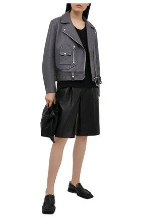 Женская кожаная куртка ACNE STUDIOS серого цвета, арт. A70066 | Фото 2