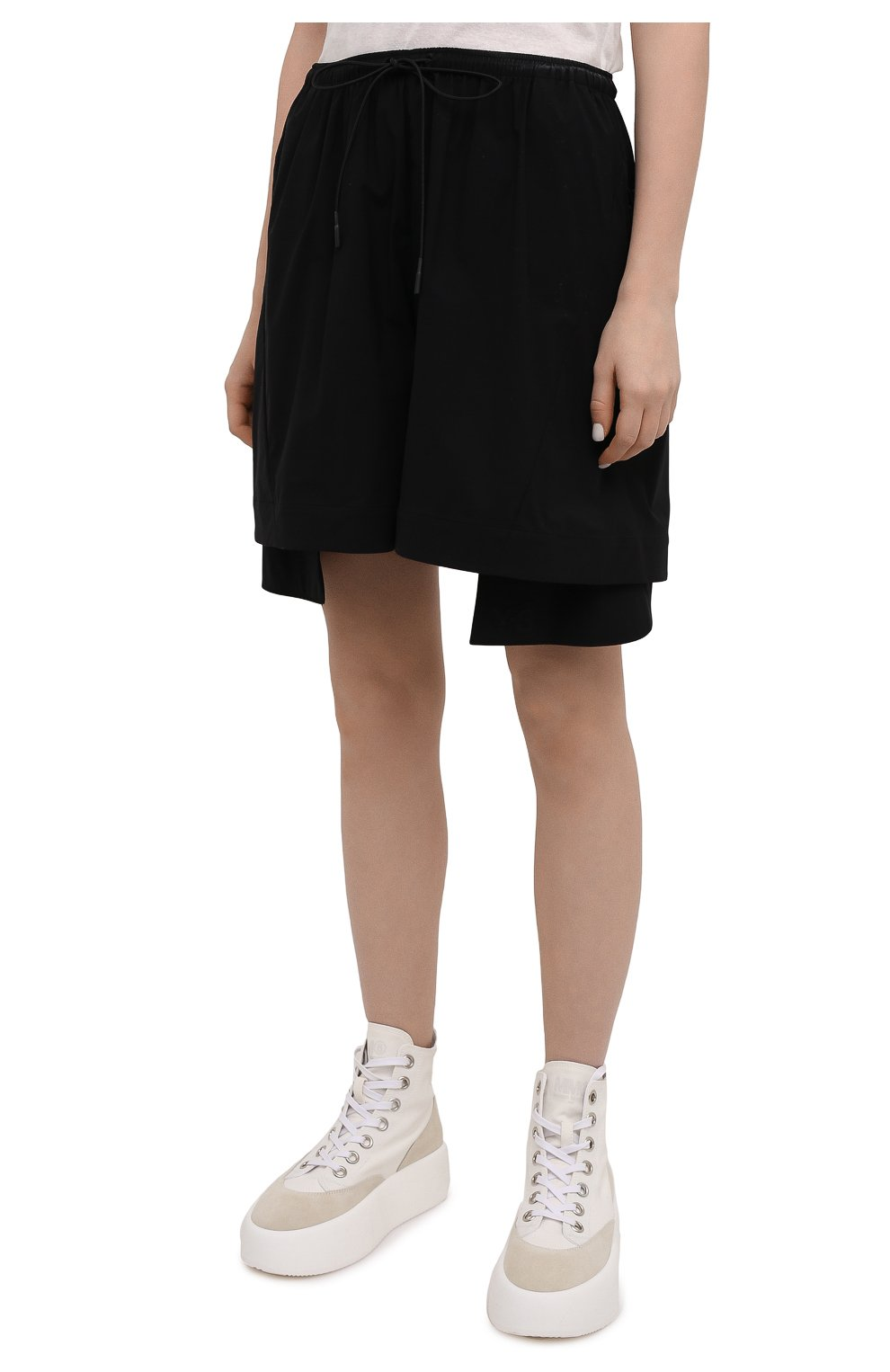 Женские шорты Y-3 черного цвета, арт. GV0353/W   Фото 3 (Женское Кросс-КТ: Шорты-одежда; Длина Ж (юбки, платья, шорты): Мини; Материал внешний: Синтетический материал; Стили: Спорт-шик)