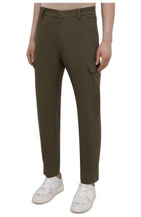Мужские хлопковые брюки-карго BOGNER хаки цвета, арт. 18013753 | Фото 3 (Силуэт М (брюки): Карго; Длина (брюки, джинсы): Стандартные; Случай: Повседневный; Материал внешний: Хлопок; Стили: Кэжуэл)