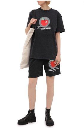 Женские хлопковые шорты ALEXANDER WANG черного цвета, арт. UCC2214003 | Фото 2