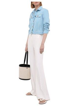 Женская джинсовая куртка VERSACE голубого цвета, арт. A89233/A236174 | Фото 2