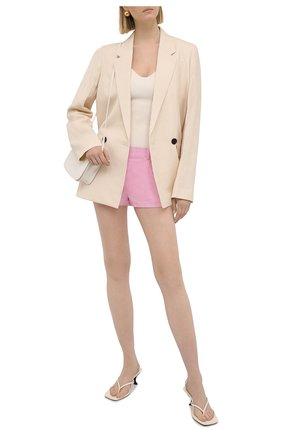 Женские шерстяные шорты VERSACE светло-розового цвета, арт. A88969/1F01050 | Фото 2 (Длина Ж (юбки, платья, шорты): Мини; Материал подклада: Синтетический материал; Материал внешний: Шерсть; Женское Кросс-КТ: Шорты-одежда; Стили: Романтичный)