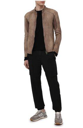 Мужские джоггеры ASPESI черного цвета, арт. S1 A CP19 G435 | Фото 2 (Длина (брюки, джинсы): Стандартные; Силуэт М (брюки): Джоггеры; Стили: Гранж; Материал внешний: Синтетический материал)