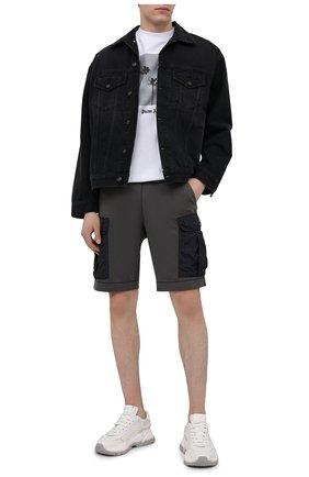 Мужские шорты PARAJUMPERS темно-серого цвета, арт. FN14/IRVINE | Фото 2 (Длина Шорты М: До колена; Кросс-КТ: Трикотаж; Материал внешний: Хлопок, Синтетический материал; Принт: Без принта; Стили: Спорт-шик)