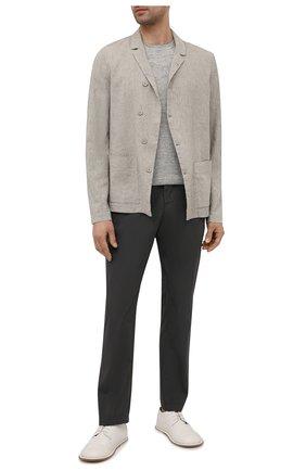 Мужские хлопковые брюки TRANSIT темно-серого цвета, арт. CFUTRNB110 | Фото 2 (Стили: Минимализм; Материал внешний: Хлопок; Длина (брюки, джинсы): Стандартные; Силуэт М (брюки): Чиносы; Случай: Повседневный)