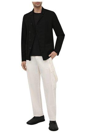 Мужские брюки-карго из хлопка и вискозы TRANSIT белого цвета, арт. CFUTRNE141 | Фото 2