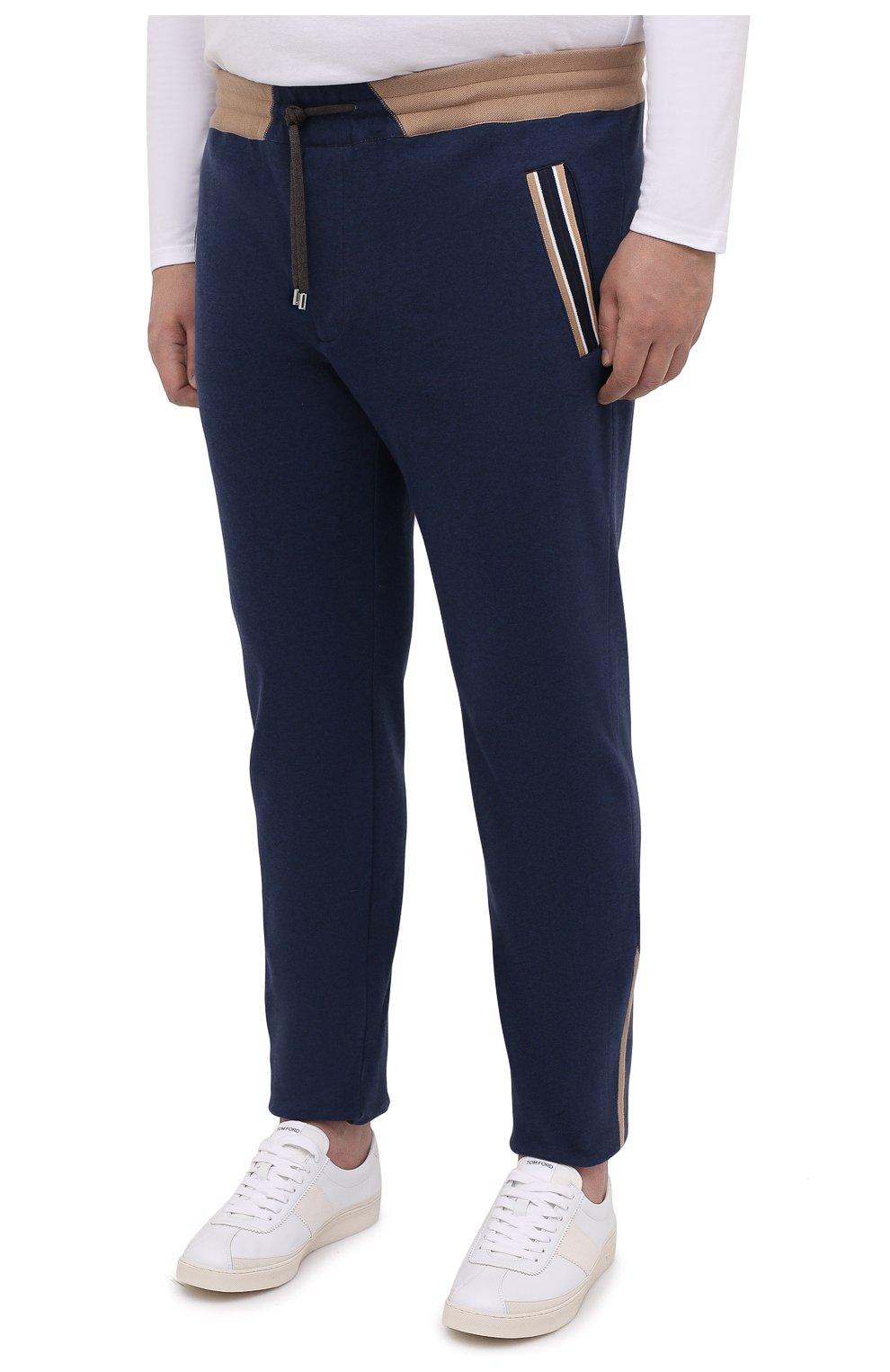 Мужские хлопковые брюки CORTIGIANI синего цвета, арт. 114612/0000/60-70 | Фото 3 (Big sizes: Big Sizes; Длина (брюки, джинсы): Стандартные; Кросс-КТ: Спорт; Материал внешний: Хлопок; Стили: Спорт-шик)