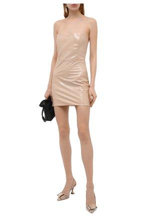 Женские туфли GIORGIO ARMANI золотого цвета, арт. X1E888/XM856 | Фото 2 (Материал внешний: Экокожа; Каблук высота: Средний; Материал внутренний: Натуральная кожа, Текстиль; Каблук тип: Устойчивый; Подошва: Плоская)