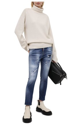 Женские джинсы DSQUARED2 синего цвета, арт. S72LB0389/S30342 | Фото 2