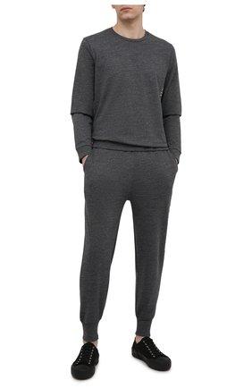 Мужской свитшот POLO RALPH LAUREN серого цвета, арт. 714830291 | Фото 2 (Материал внешний: Хлопок, Синтетический материал; Длина (для топов): Стандартные; Рукава: Длинные; Кросс-КТ: домашняя одежда; Принт: Без принта; Мужское Кросс-КТ: свитшот-одежда)