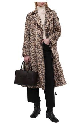 Женский плащ VICTORIA BECKHAM леопардового цвета, арт. 1221WCT002518A | Фото 2