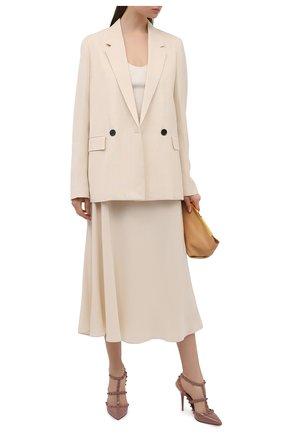 Женские кожаные туфли rockstud VALENTINO темно-бежевого цвета, арт. VW0S0393/YPX | Фото 2 (Каблук высота: Высокий; Подошва: Плоская; Каблук тип: Шпилька; Материал внутренний: Натуральная кожа)