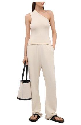 Женские кашемировые брюки EXTREME CASHMERE кремвого цвета, арт. 142/RUN | Фото 2