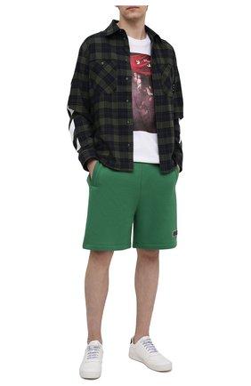 Мужские хлопковые шорты VALENTINO зеленого цвета, арт. VV0MD02D7FH | Фото 2