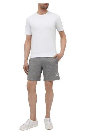 Мужские хлопковые шорты kenzo sport KENZO серого цвета, арт. FA65PA7204MS | Фото 2 (Длина Шорты М: До колена; Материал внешний: Хлопок; Принт: Без принта; Кросс-КТ: Трикотаж)