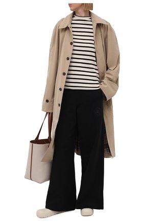 Женские хлопковые брюки OPENING CEREMONY черно-белого цвета, арт. YWCH004S21FLE004 | Фото 2