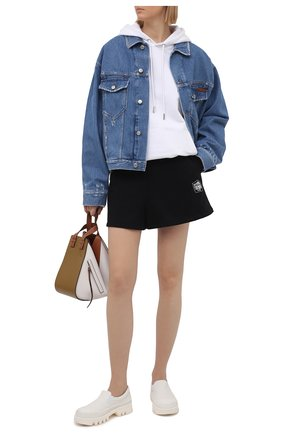 Женские хлопковые шорты OPENING CEREMONY черно-белого цвета, арт. YWCI001S21FLE002 | Фото 2