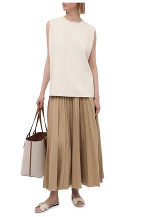 Женские кожаные шлепанцы bianca SAINT LAURENT кремвого цвета, арт. 633961/1ZJ00 | Фото 2 (Каблук высота: Низкий; Материал внутренний: Натуральная кожа; Подошва: Плоская)