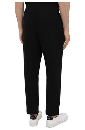 Мужские хлопковые брюки OPENING CEREMONY черного цвета, арт. YMCH003S21FLE002   Фото 4 (Мужское Кросс-КТ: Брюки-трикотаж; Кросс-КТ: Спорт; Материал внешний: Хлопок; Стили: Спорт-шик; Длина (брюки, джинсы): Укороченные)