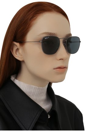 Женские солнцезащитные очки RAY-BAN темно-синего цвета, арт. 8157-9208T0 | Фото 2 (Оптика Гендер: оптика-унисекс; Очки форма: Прямоугольные; Тип очков: С/з)
