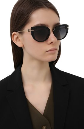 Женские солнцезащитные очки BVLGARI черного цвета, арт. 8231B-501/T3   Фото 2