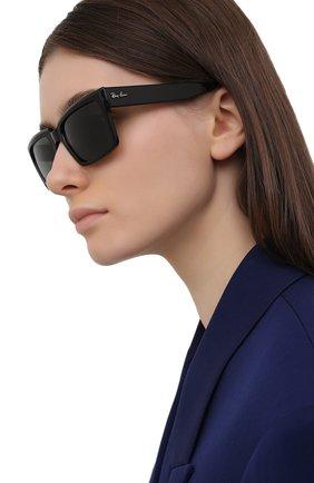 Женские солнцезащитные очки RAY-BAN черного цвета, арт. 2191-901/31 | Фото 2