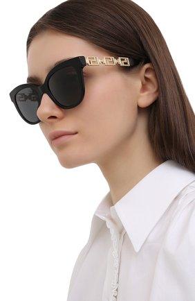 Женские солнцезащитные очки VERSACE черного цвета, арт. 4394-GB1/87   Фото 2 (Тип очков: С/з; Оптика Гендер: оптика-женское; Очки форма: Бабочка)