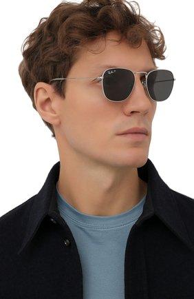 Женские солнцезащитные очки RAY-BAN серебряного цвета, арт. 8157-920948 | Фото 3