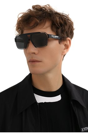Мужские солнцезащитные очки DOLCE & GABBANA черного цвета, арт. 2270-327687 | Фото 2