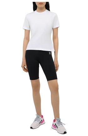 Женские шорты ADIDAS ORIGINALS черного цвета, арт. GN2842 | Фото 2 (Материал внешний: Синтетический материал; Стили: Спорт-шик; Длина Ж (юбки, платья, шорты): Мини; Женское Кросс-КТ: Шорты-одежда)