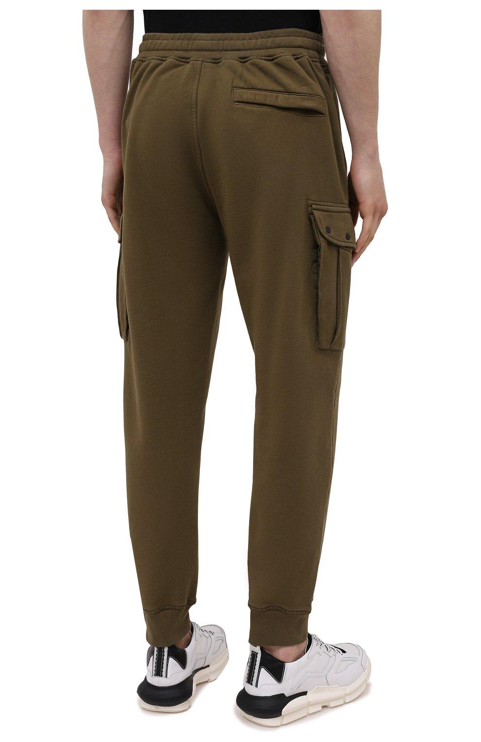 Мужские хлопковые джоггеры STONE ISLAND хаки цвета, арт. 741565251   Фото 4 (Силуэт М (брюки): Карго, Джоггеры; Мужское Кросс-КТ: Брюки-трикотаж; Длина (брюки, джинсы): Стандартные; Стили: Милитари; Материал внешний: Хлопок)