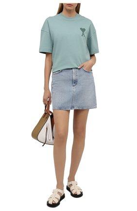 Женская джинсовая юбка AGOLDE голубого цвета, арт. A3025-1141 | Фото 2