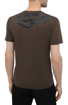Мужская хлопковая футболка C.P. COMPANY хаки цвета, арт. 10CMTS037A-005100W   Фото 4 (Рукава: Короткие; Длина (для топов): Стандартные; Принт: С принтом; Материал внешний: Хлопок; Стили: Кэжуэл)