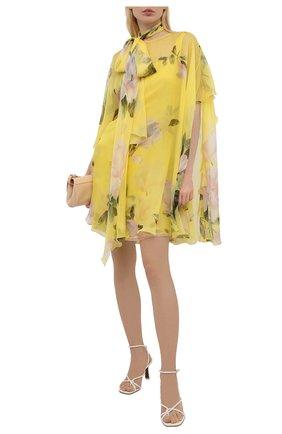 Женское шелковое платье VALENTINO желтого цвета, арт. VB0VAVZ56DM   Фото 2 (Длина Ж (юбки, платья, шорты): Мини; Стили: Романтичный; Случай: Коктейльный; Рукава: Короткие; Материал внешний: Шелк; Женское Кросс-КТ: Платье-одежда; Материал подклада: Шелк)