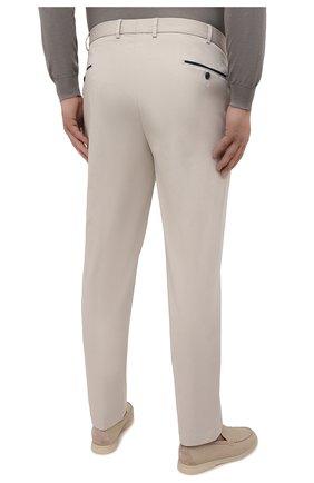 Мужские хлопковые брюки HILTL кремвого цвета, арт. 73295/60-70 | Фото 4 (Big sizes: Big Sizes; Силуэт М (брюки): Чиносы; Длина (брюки, джинсы): Стандартные; Случай: Повседневный; Материал внешний: Хлопок; Стили: Кэжуэл)