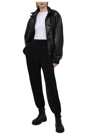 Женские джоггеры из хлопка и шелка MRZ черного цвета, арт. S21-0009 | Фото 2