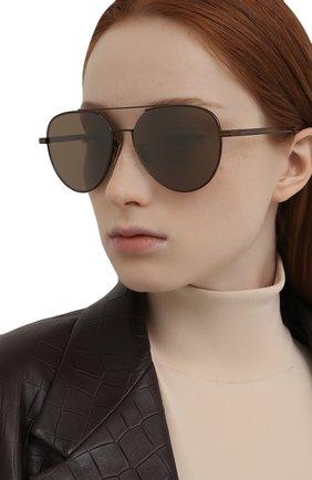 Женские солнцезащитные очки BOTTEGA VENETA бронзового цвета, арт. BV1013SK | Фото 2