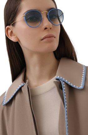 Женские солнцезащитные очки RAY-BAN голубого цвета, арт. 3447JM-91963F | Фото 2