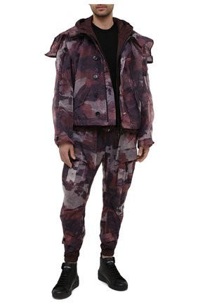 Мужская куртка DOLCE & GABBANA бордового цвета, арт. G9UI6Z/G7YEZ | Фото 2 (Кросс-КТ: Куртка, Ветровка; Материал внешний: Синтетический материал; Длина (верхняя одежда): Короткие; Материал подклада: Вискоза; Рукава: Длинные; Стили: Милитари)