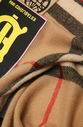Женский кашемировый шарф BURBERRY разноцветного цвета, арт. 8039430 | Фото 2
