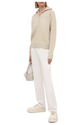 Женские джинсы TOTÊME белого цвета, арт. 212-236-748   Фото 2